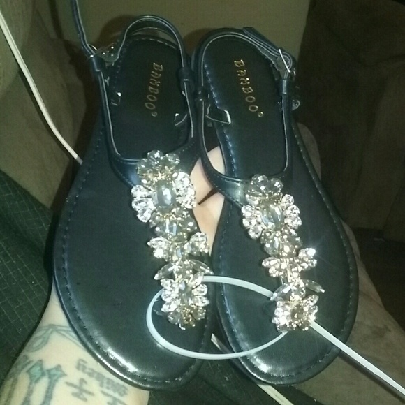 d503754f8 BRAND NEW BAMBOO FLATS SANDALS SIZE 6